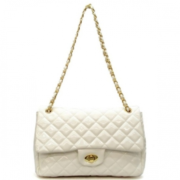 Bags | White Quilted Purse | Poshmark